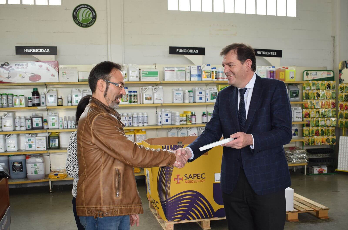 """Agroquímicos Arce de Haro recibe el premio SIGFITO """"por su compromiso ambiental"""" en el reciclaje de envases agrarios 3"""