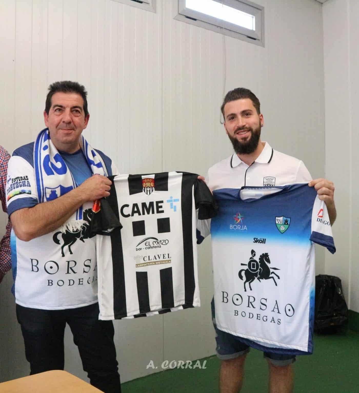 Las aficiones de Haro Deportivo y SD Borja dan todo un ejemplo de buen rollo 1