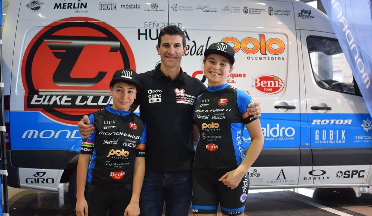 María López y Pablo Garrido se presentan oficialmente con el Coloma Bike Club 4