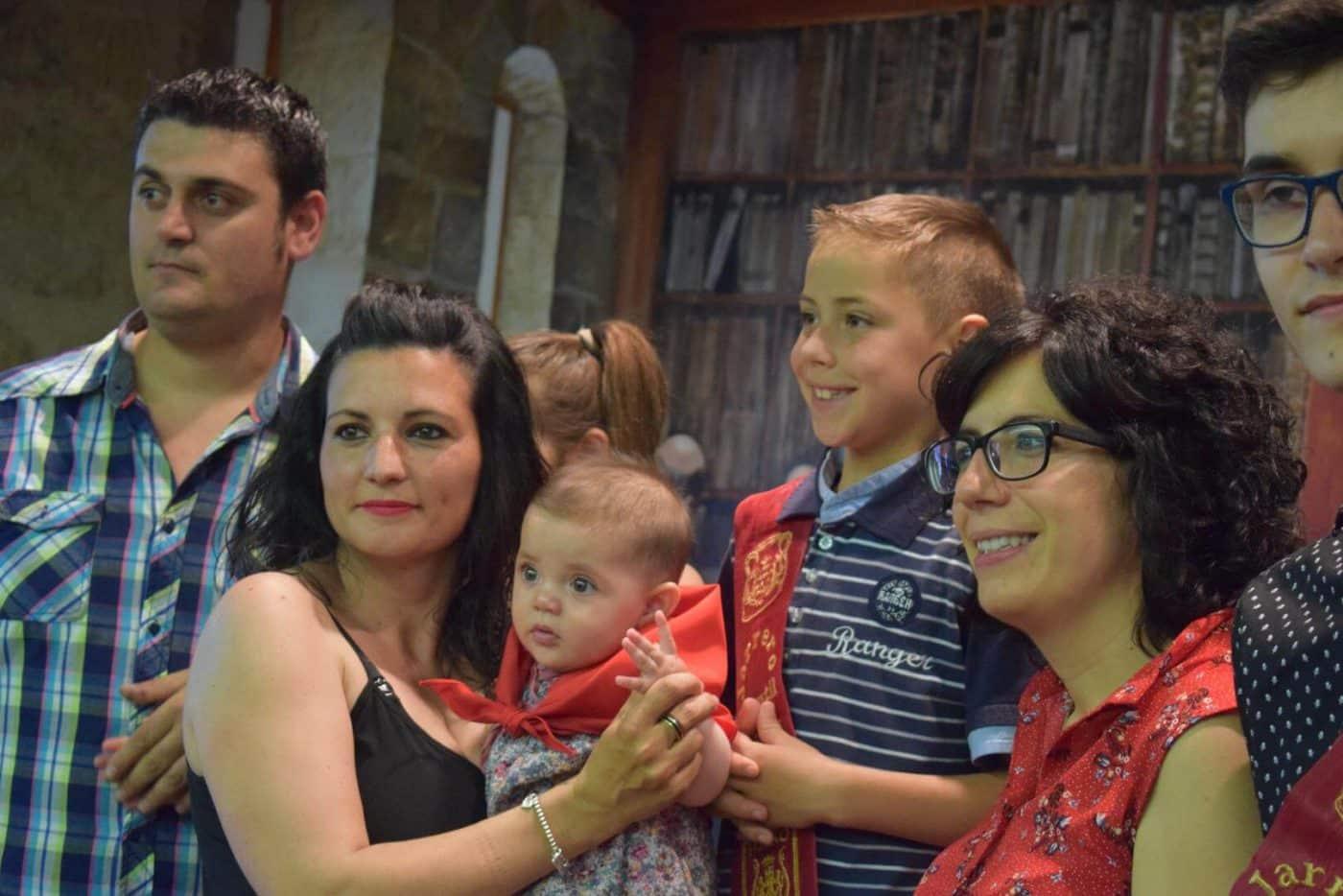 Bautismo festivo para casi 70 niños en Haro 14