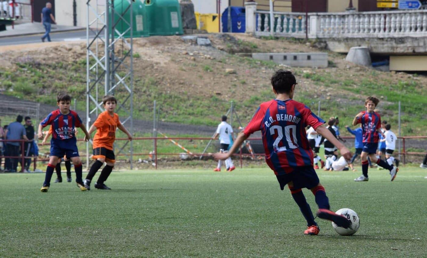 El balón echa a andar en el Torneo Naranja del Jarrero FC 12