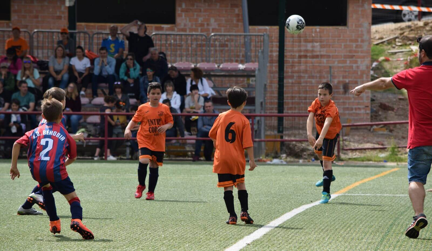 El balón echa a andar en el Torneo Naranja del Jarrero FC 7
