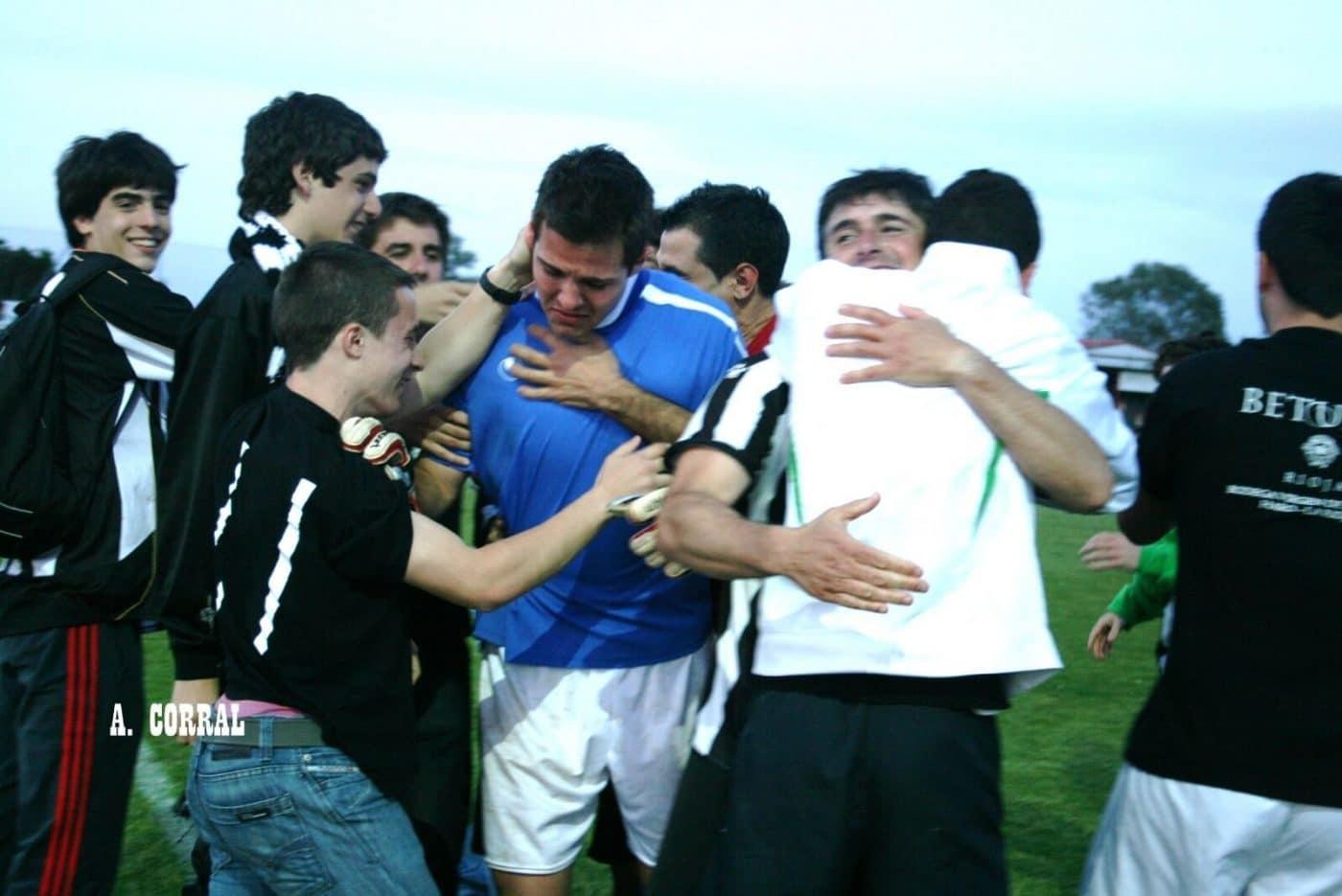 Javi Pérez dice adiós a media vida en el Haro Deportivo 1