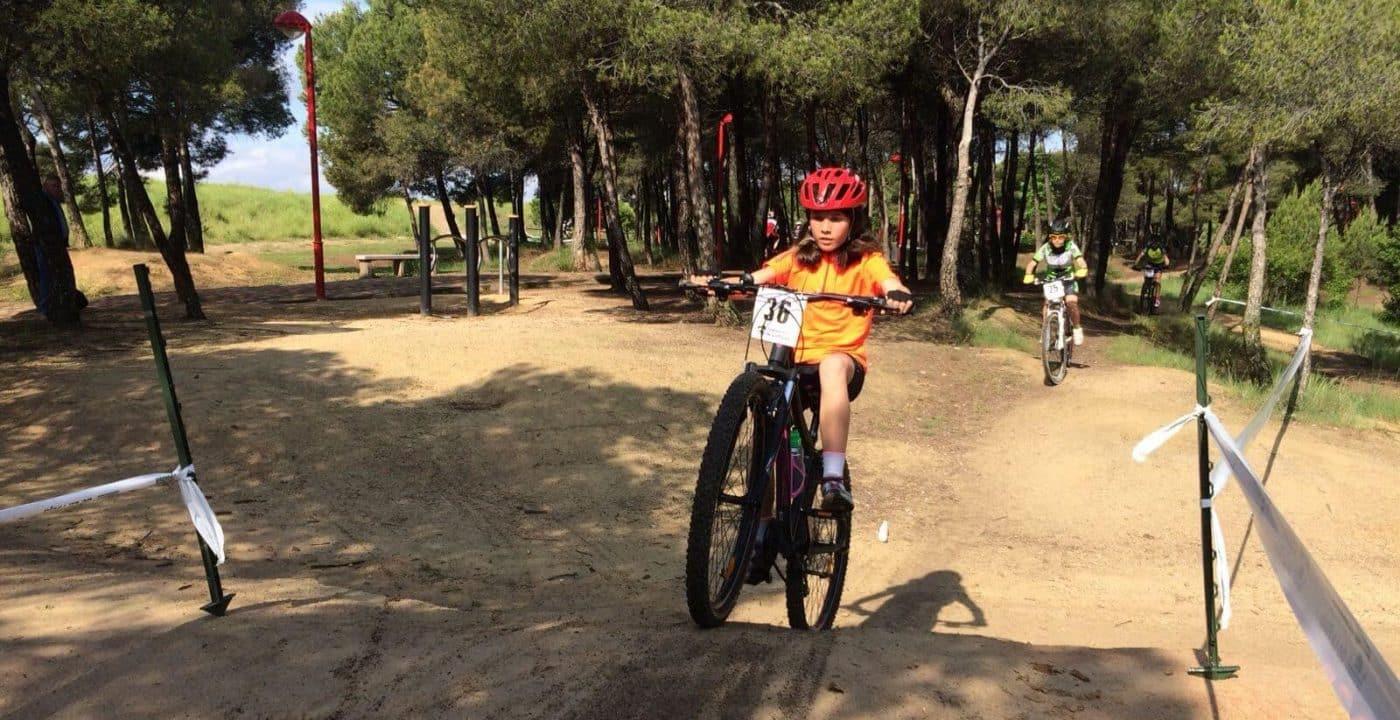 La jarrera María López finaliza segunda en la cuarta prueba de los Juegos Deportivos de BTT 4