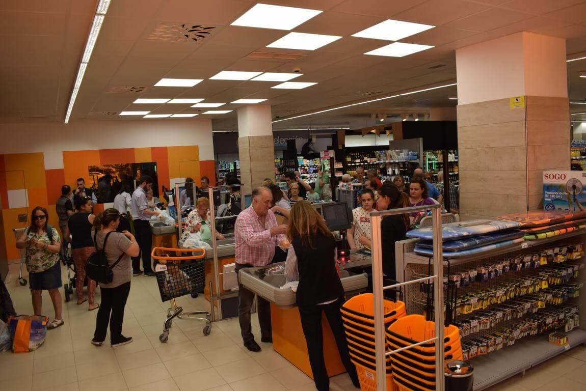 Lupa inaugura su nuevo supermercado en Haro 2
