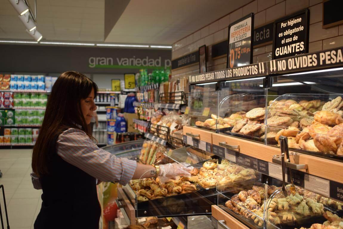 Lupa inaugura su nuevo supermercado en Haro 4