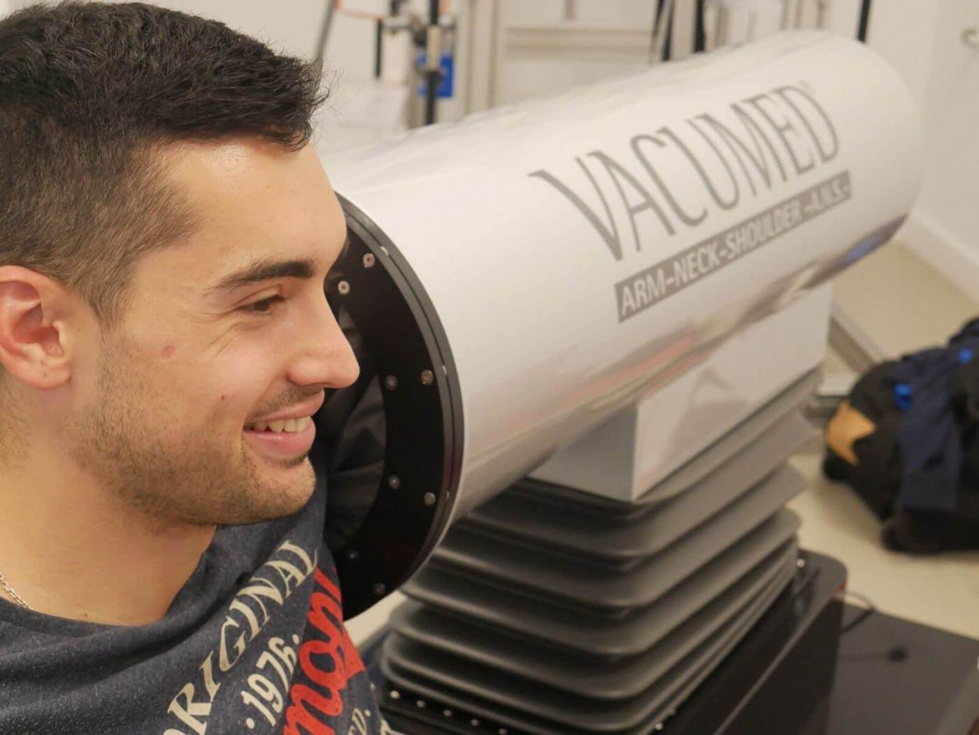 Tecnología de la NASA para tratar a los pelotaris Untoria, Esteban y Salaverri 2