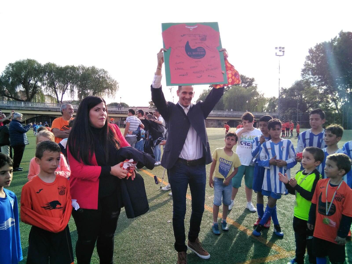 Teresianas, Galdakao, Soraluze, Valle del Ebro, La Calzada y Casco Viejo, ganadores del Torneo Naranja 1