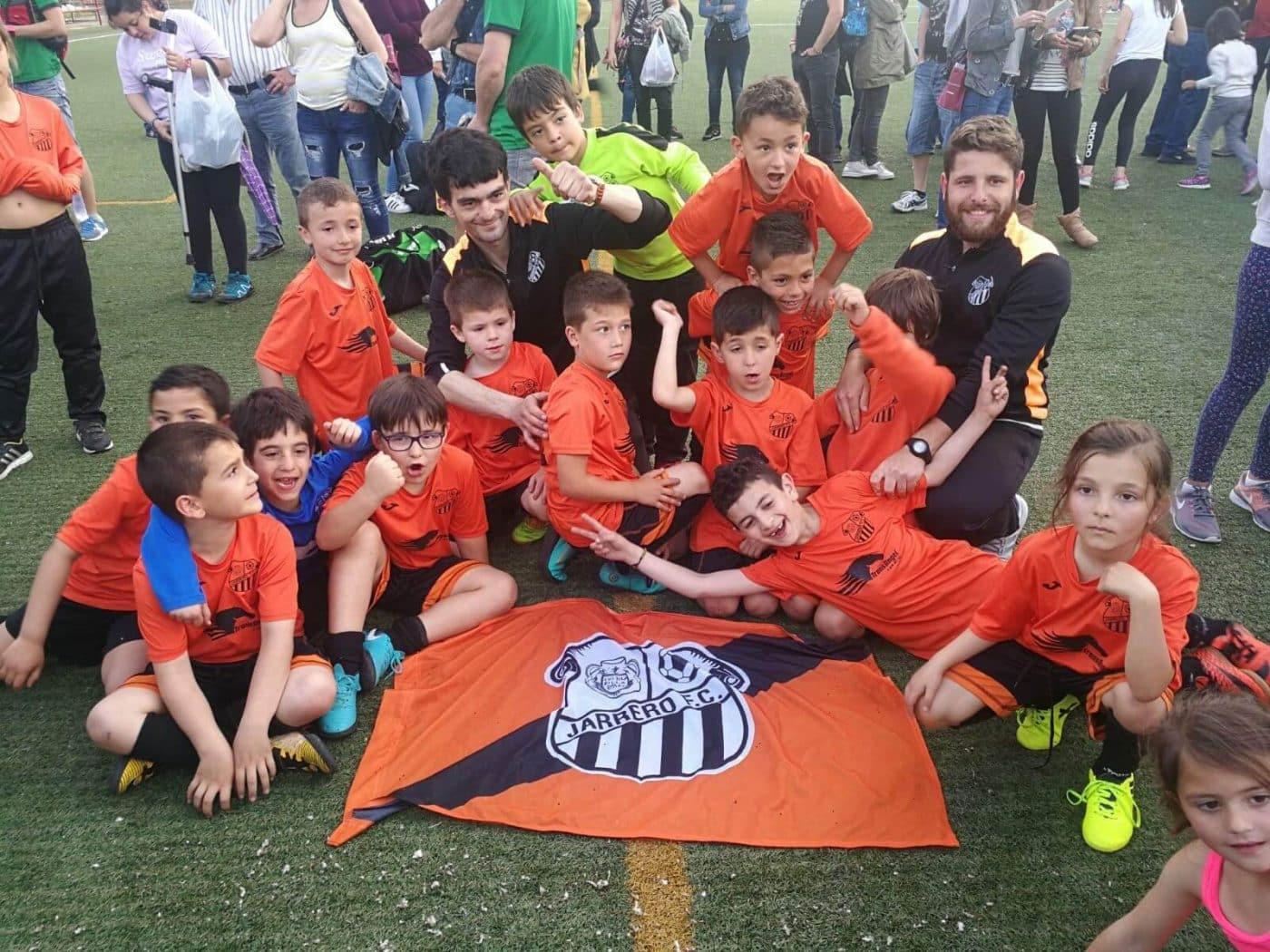 Teresianas, Galdakao, Soraluze, Valle del Ebro, La Calzada y Casco Viejo, ganadores del Torneo Naranja 2