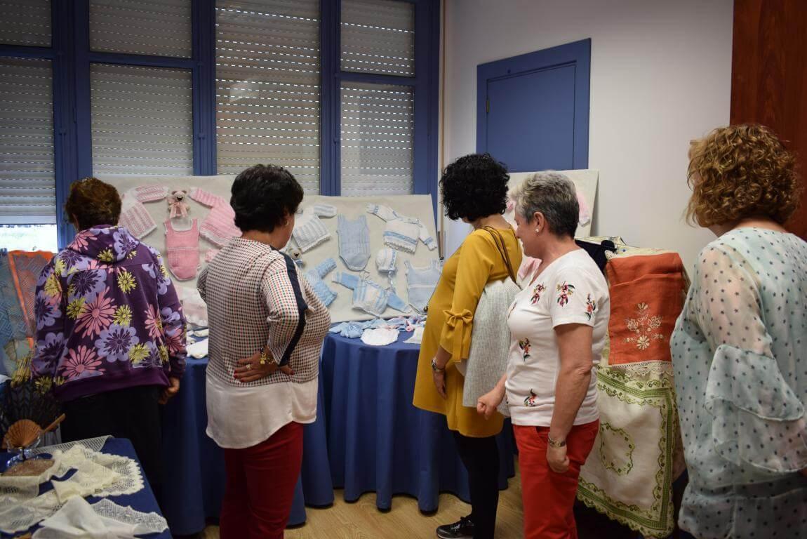 Las Mujeres de la Vega exhiben su creatividad 2