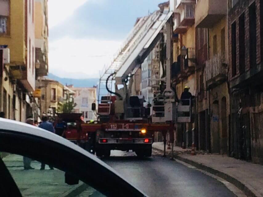 Cerrada La Ventilla de Haro hasta el lunes por desprendimientos en un edificio 4