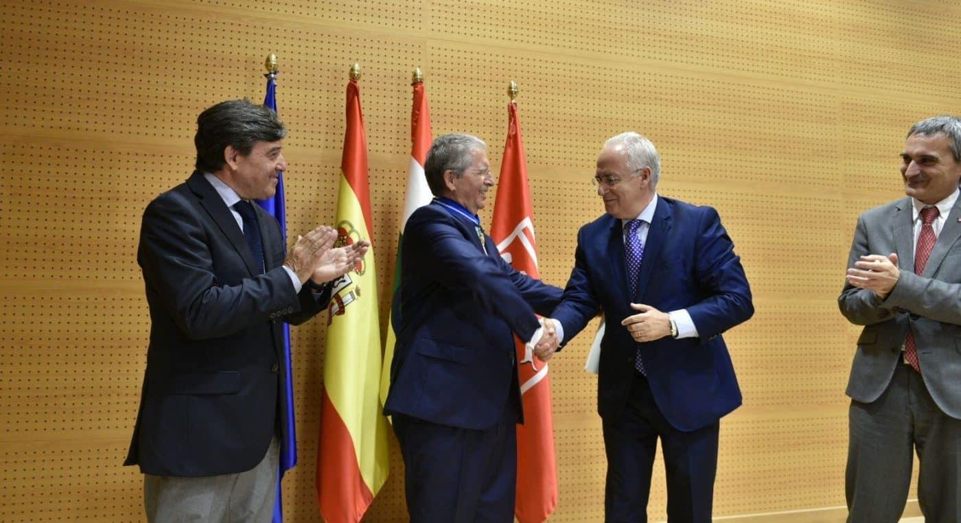 """El papel del jarrero López de Silanes en la UR sirve para consolidarla """"como motor de desarrollo de La Rioja"""" 1"""