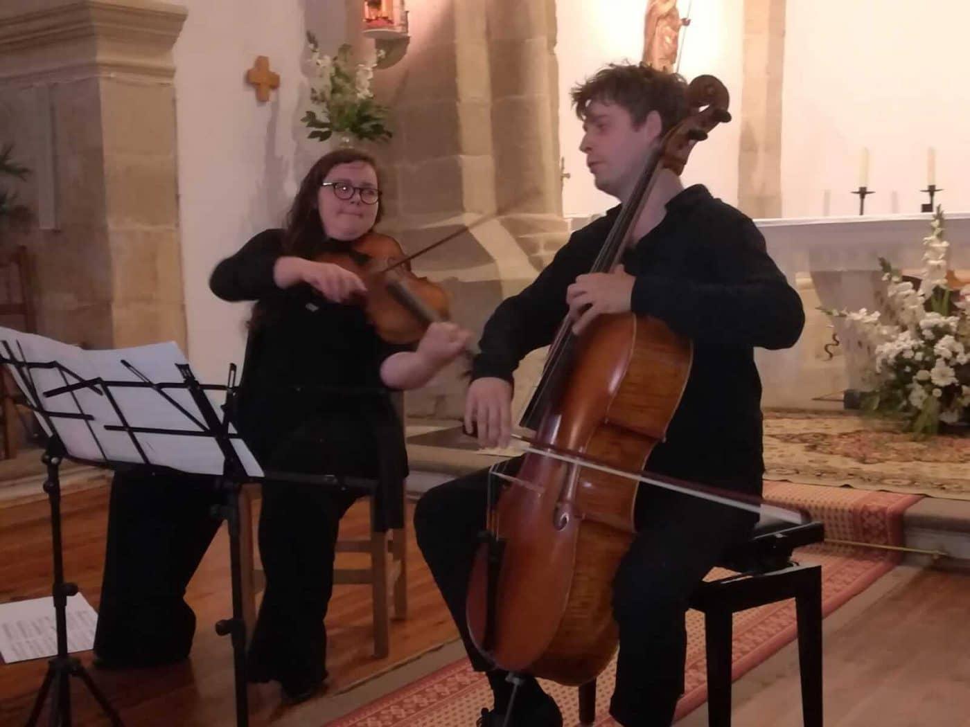 Fonzaleche disfruta por todo lo alto de la música clásica 2