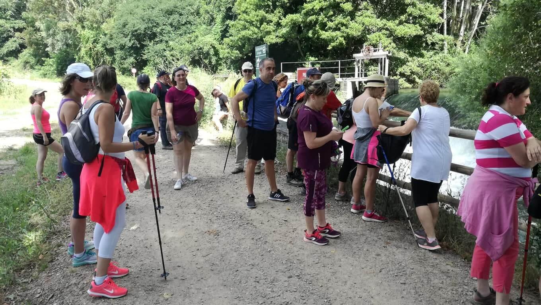 Unas 50 personas participaron en el recorrido de los Paseos Saludables de este domingo 2