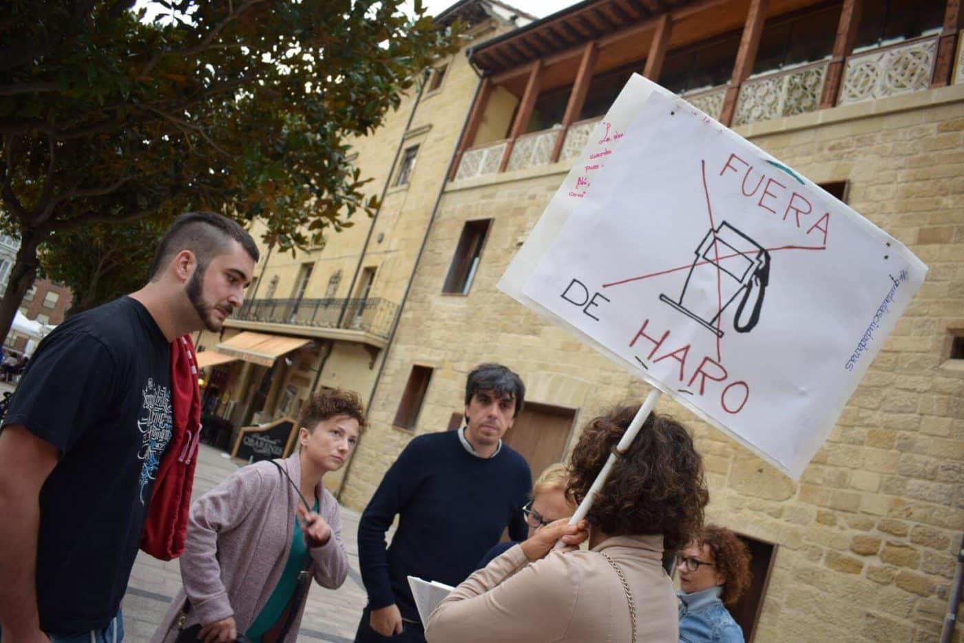 Los vecinos que piden el traslado de la gasolinera de la avenida de La Rioja se consolidan como asociación 1