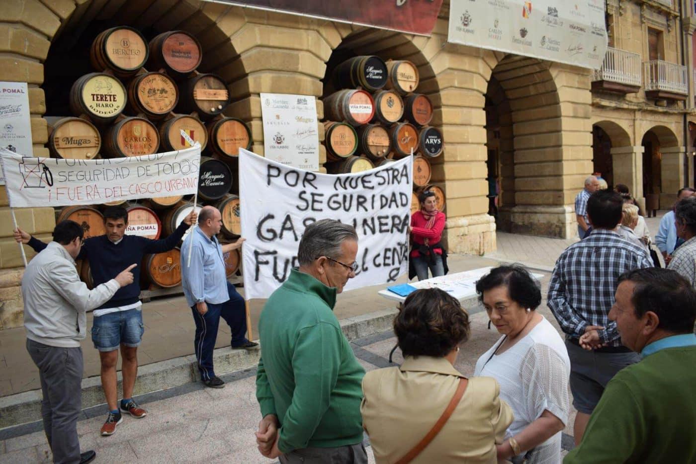 Los vecinos que piden el traslado de la gasolinera de la avenida de La Rioja se consolidan como asociación 3