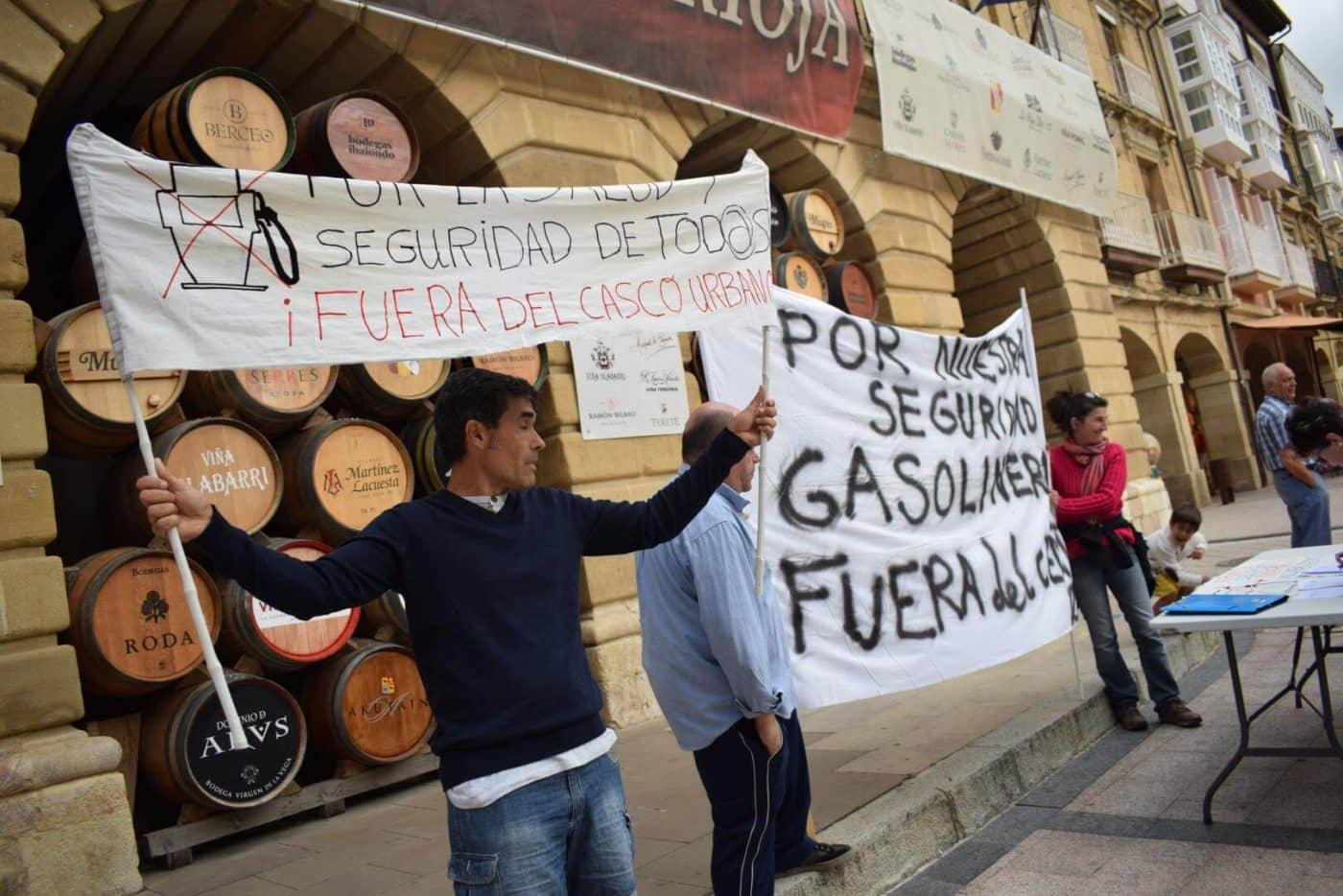 Los vecinos que piden el traslado de la gasolinera de la avenida de La Rioja se consolidan como asociación 4