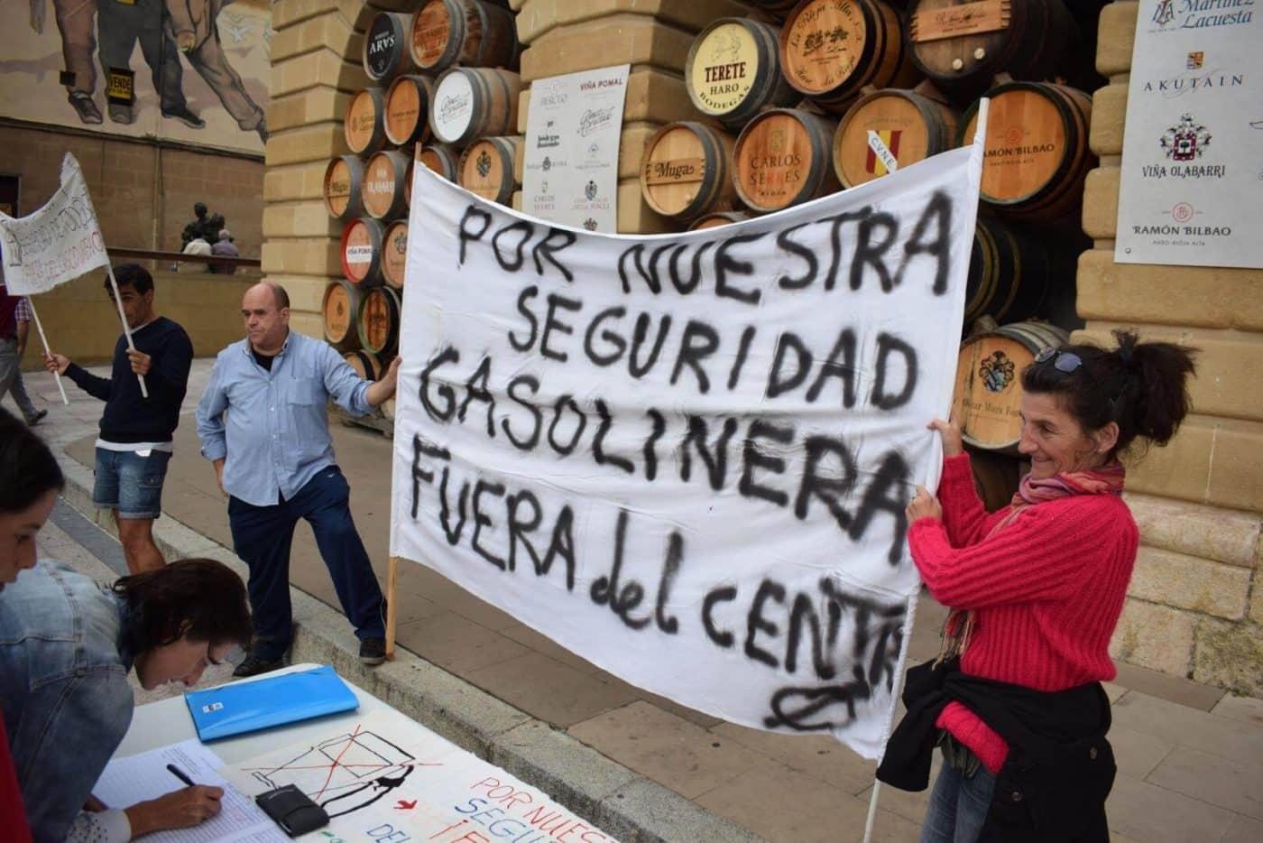 Los vecinos que piden el traslado de la gasolinera de la avenida de La Rioja se consolidan como asociación 7