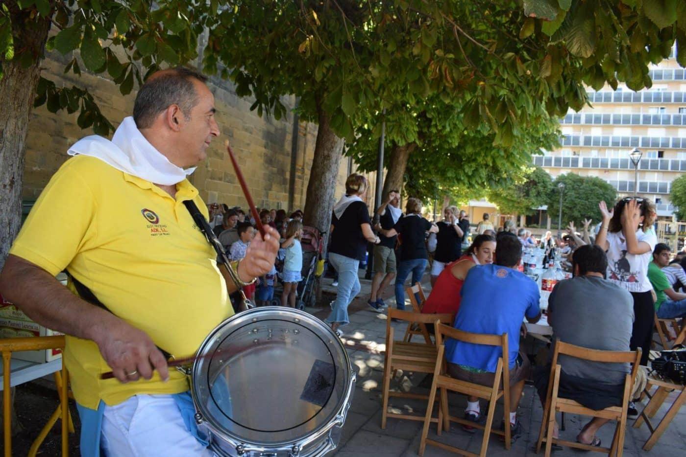 El soniquete binguero, colofón a la comida de hermandad del Barrio de las Huertas 31