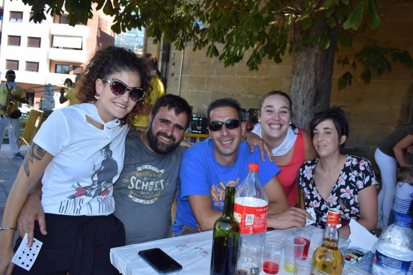 El soniquete binguero, colofón a la comida de hermandad del Barrio de las Huertas 36