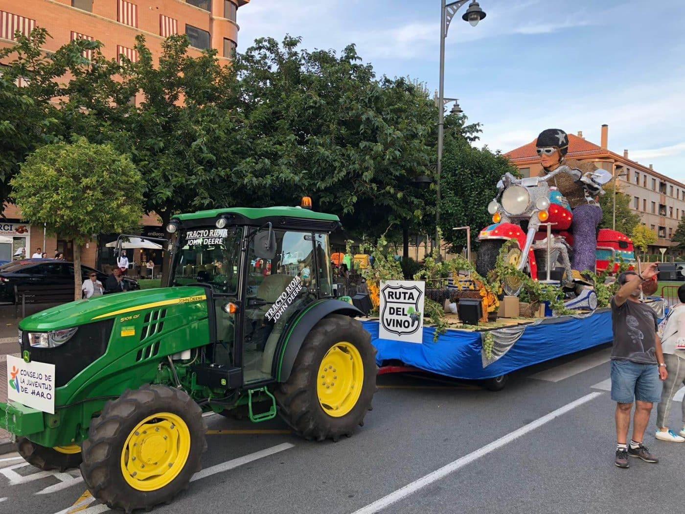 La carroza del Consejo de la Juventud de Haro, segundo premio en el Desfile de San Mateo 3