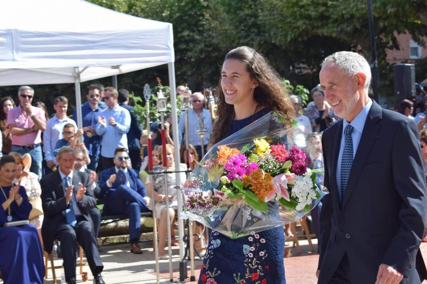 Piropos y flores para la patrona de Haro 35