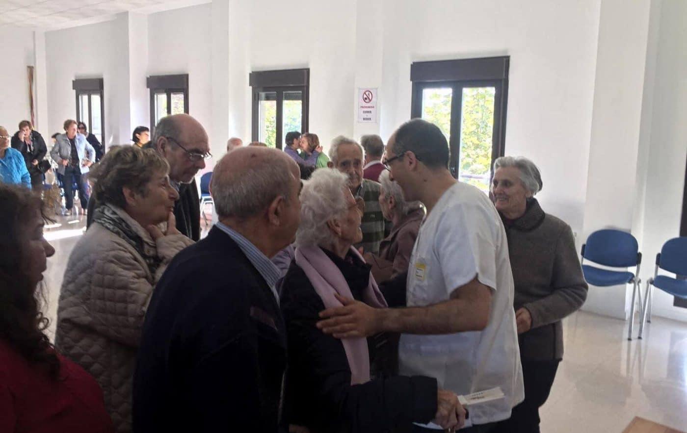 Casalarreina despide al doctor Puente, su médico de familia desde hace una década 1