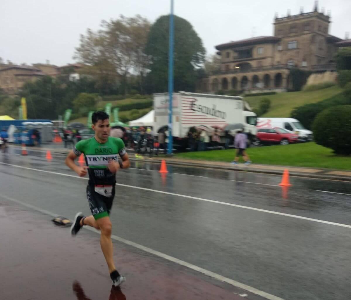 Darío Pérez, tercero en el Santander Triathlon Series Getxo en medio del temporal 1