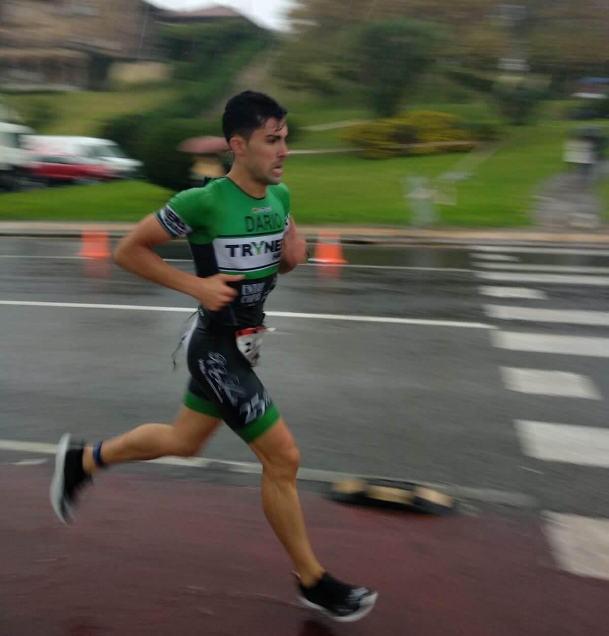 Darío Pérez, tercero en el Santander Triathlon Series Getxo en medio del temporal 2