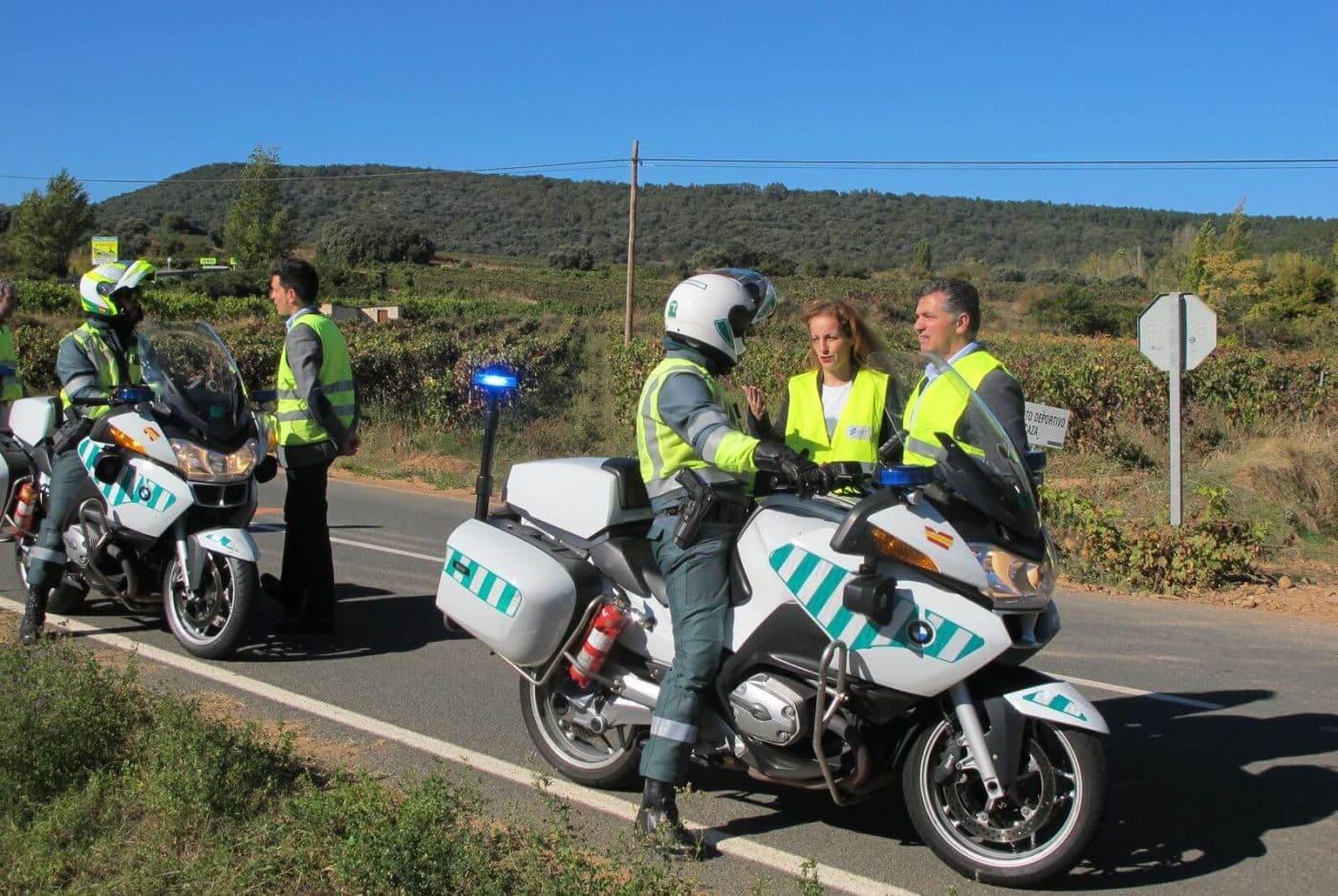 Las carreteras riojanas estrenan un innovador sistema de señalización específico para motoristas 2