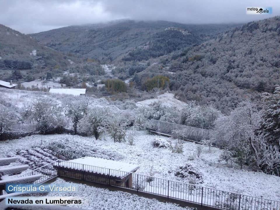 Las imágenes de la primera gran nevada del otoño en La Rioja 6