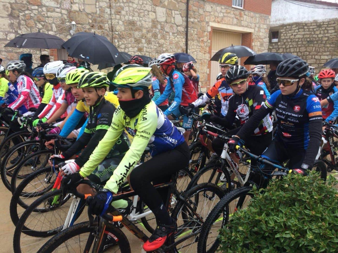 María López roza el podio en el Ciclocross de Fresno de Rodilla 4