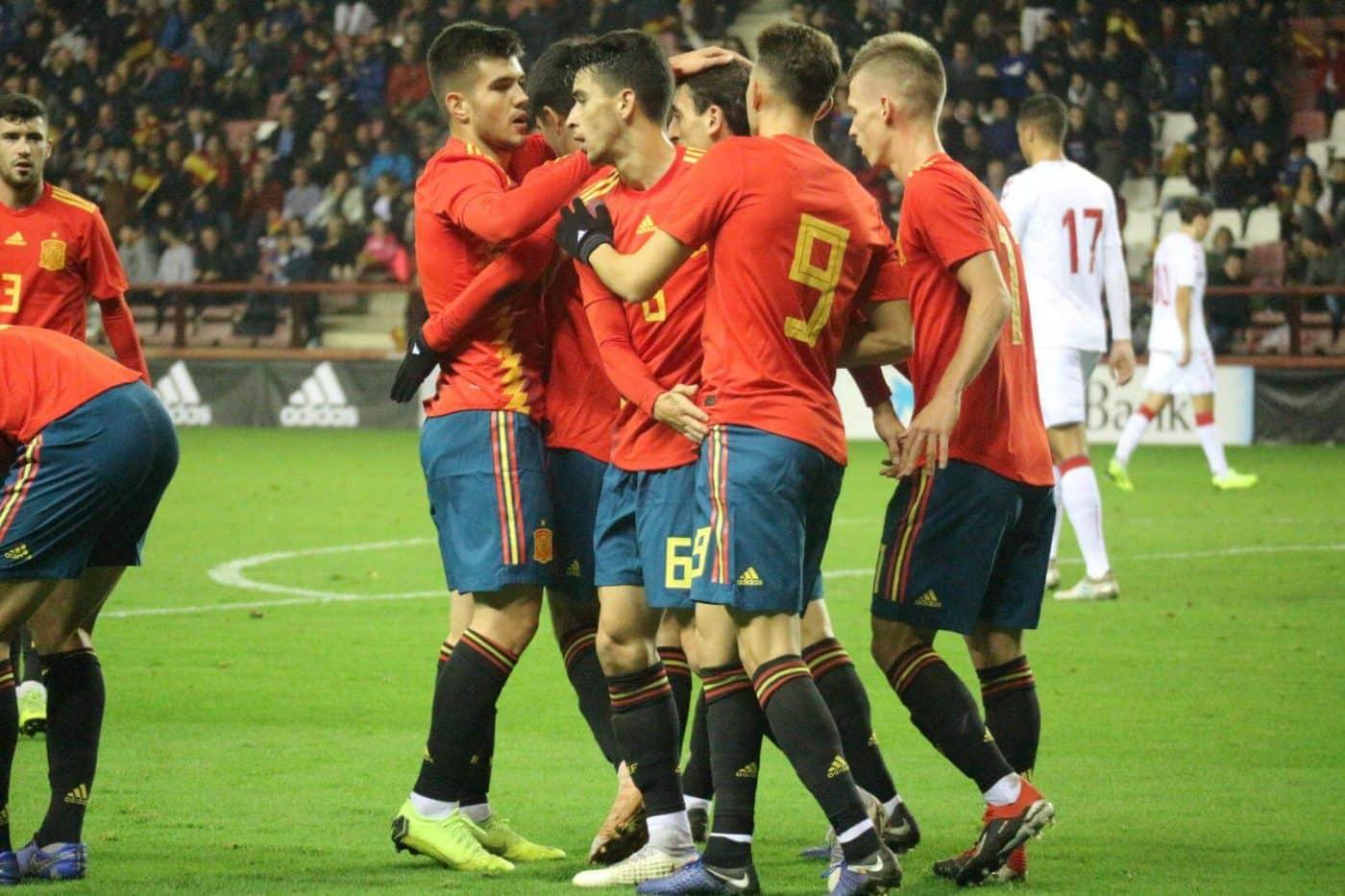 La Sub-21 de Luis de la Fuente remonta y golea en Las Gaunas 19
