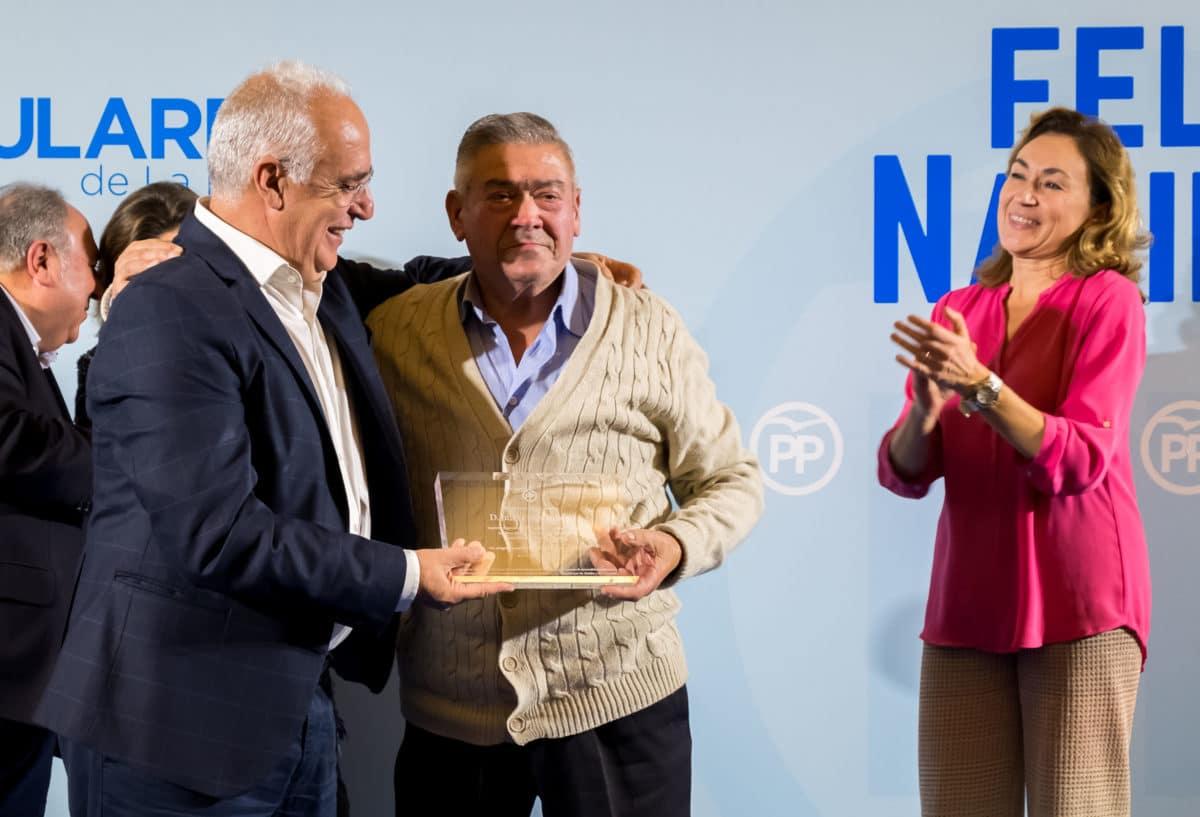 El PP homenajea a los alcaldes que cumplen más de 25 años en sus pueblos 11