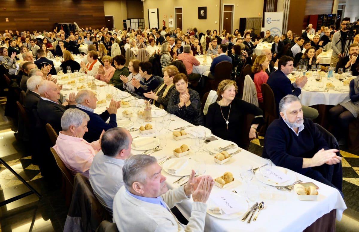 El PP homenajea a los alcaldes que cumplen más de 25 años en sus pueblos 15