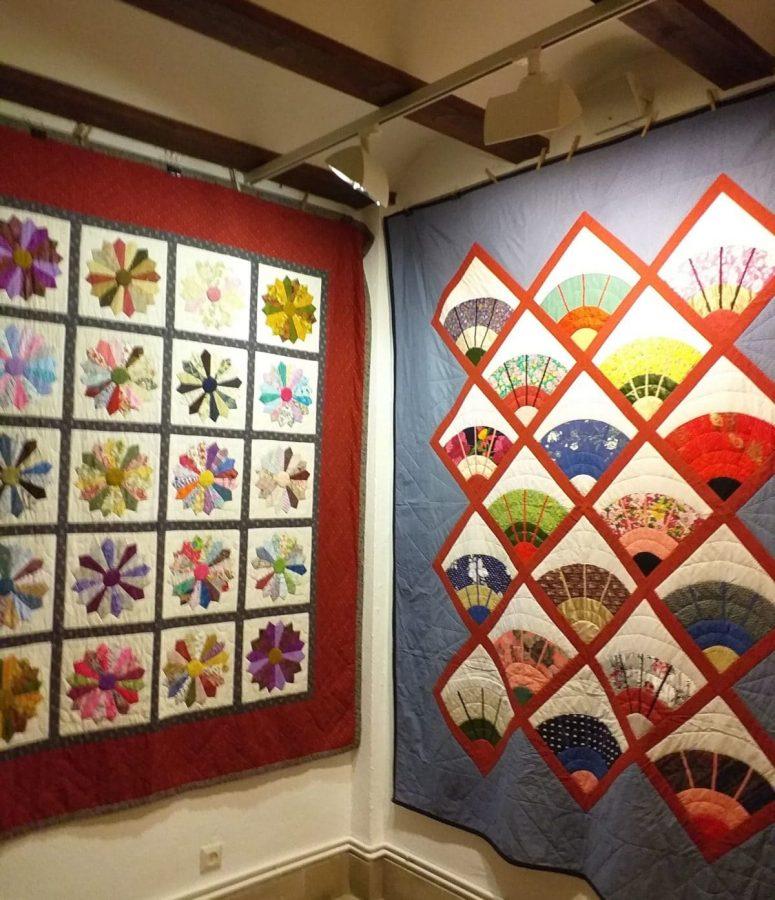 Exposición de patchwork de las Mujeres de la Vega en el Centro Fundación Caja Rioja-Bankia 1