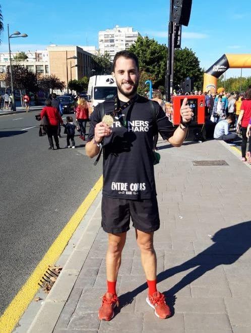 La expedición jarrera en el Maratón Valencia 2018 2