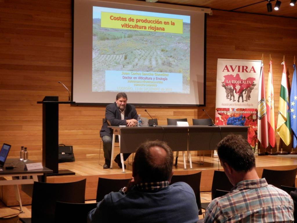 Se cerraron las jornadas de AVIRA con un debate sobre los costes de producción en la viticultura riojana 5