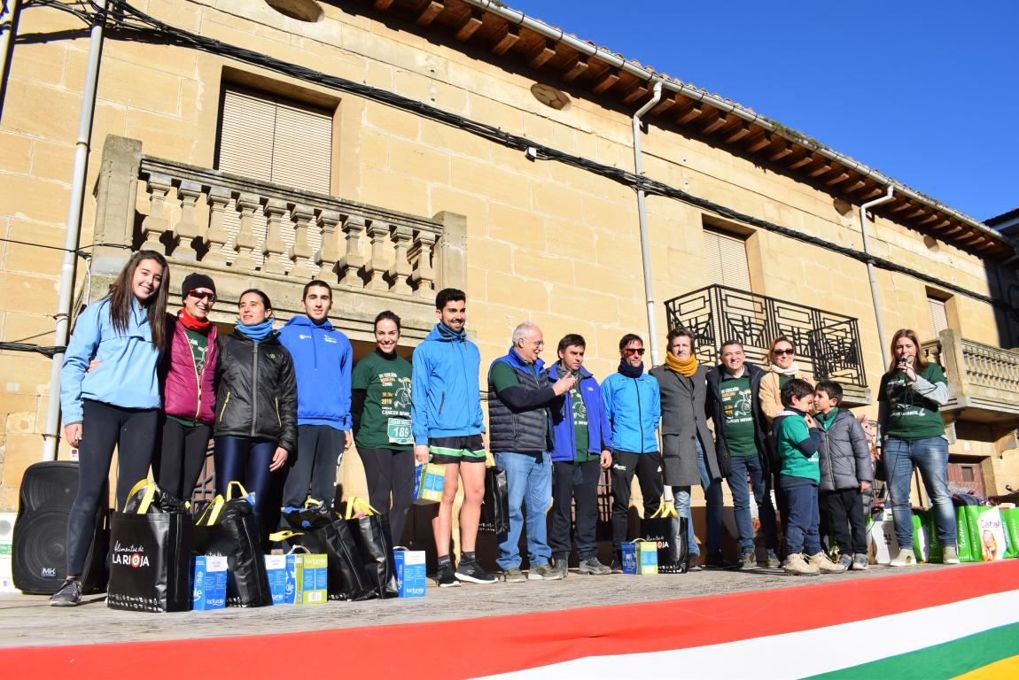 Un millar de corredores se dan cita en Rodezno contra el cáncer infantil 12