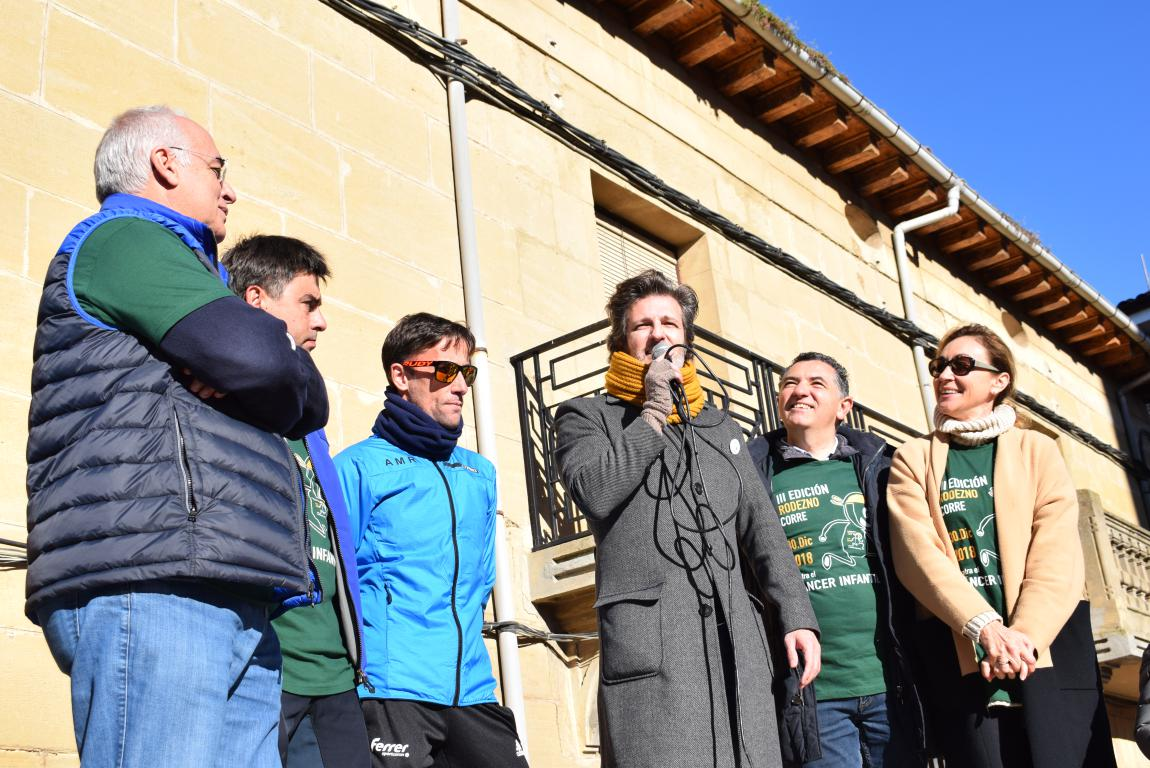 Un millar de corredores se dan cita en Rodezno contra el cáncer infantil 13