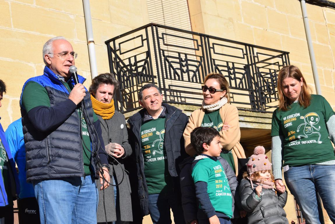 Un millar de corredores se dan cita en Rodezno contra el cáncer infantil 14