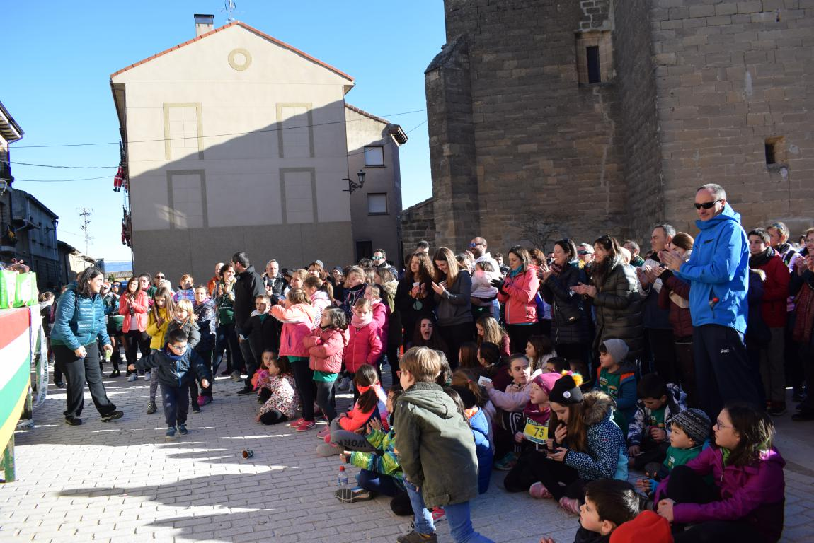 Un millar de corredores se dan cita en Rodezno contra el cáncer infantil 15