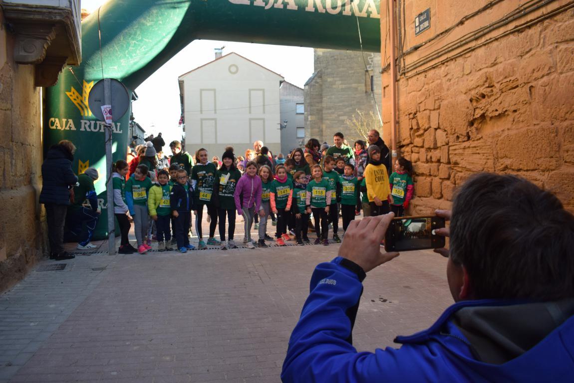 Un millar de corredores se dan cita en Rodezno contra el cáncer infantil 20