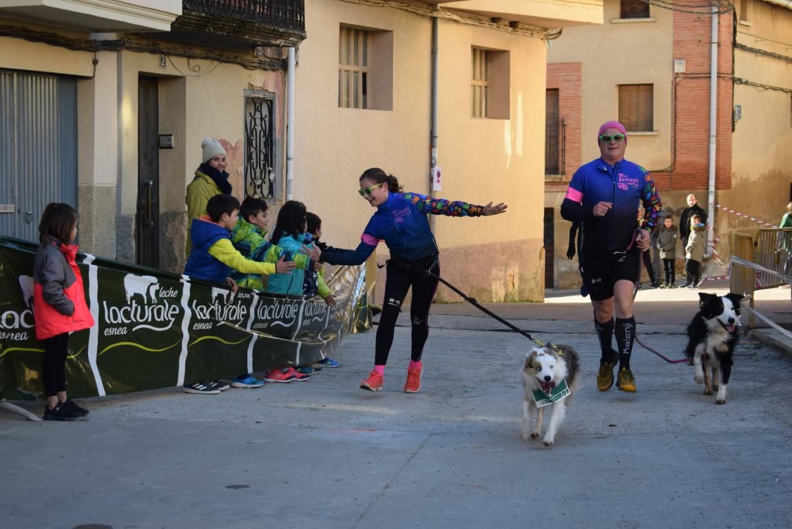 Un millar de corredores se dan cita en Rodezno contra el cáncer infantil 3
