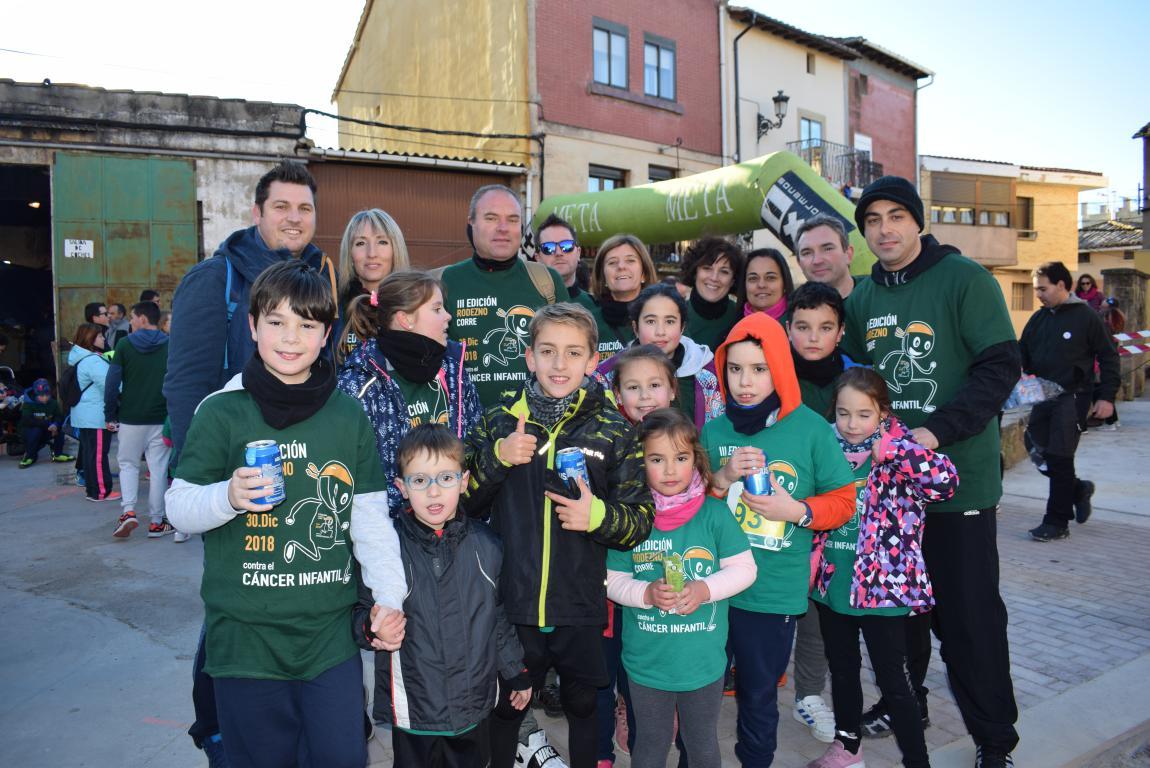 Un millar de corredores se dan cita en Rodezno contra el cáncer infantil 32