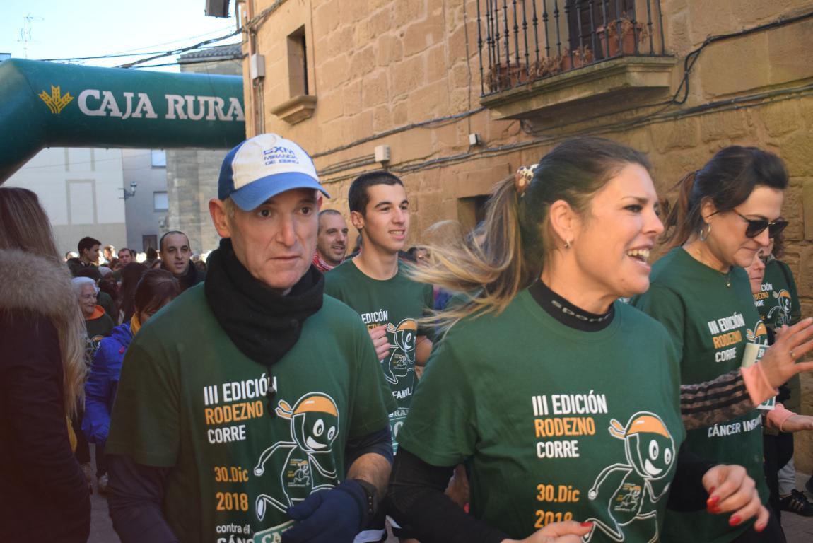 Un millar de corredores se dan cita en Rodezno contra el cáncer infantil 37