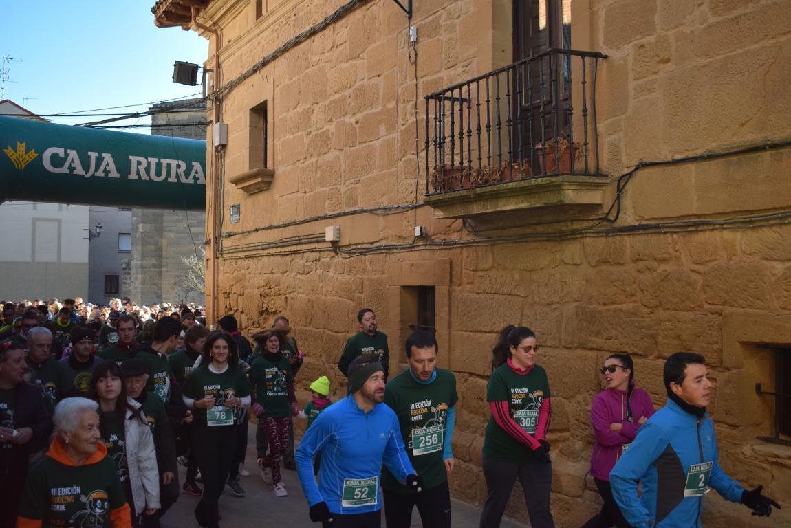 Un millar de corredores se dan cita en Rodezno contra el cáncer infantil 38