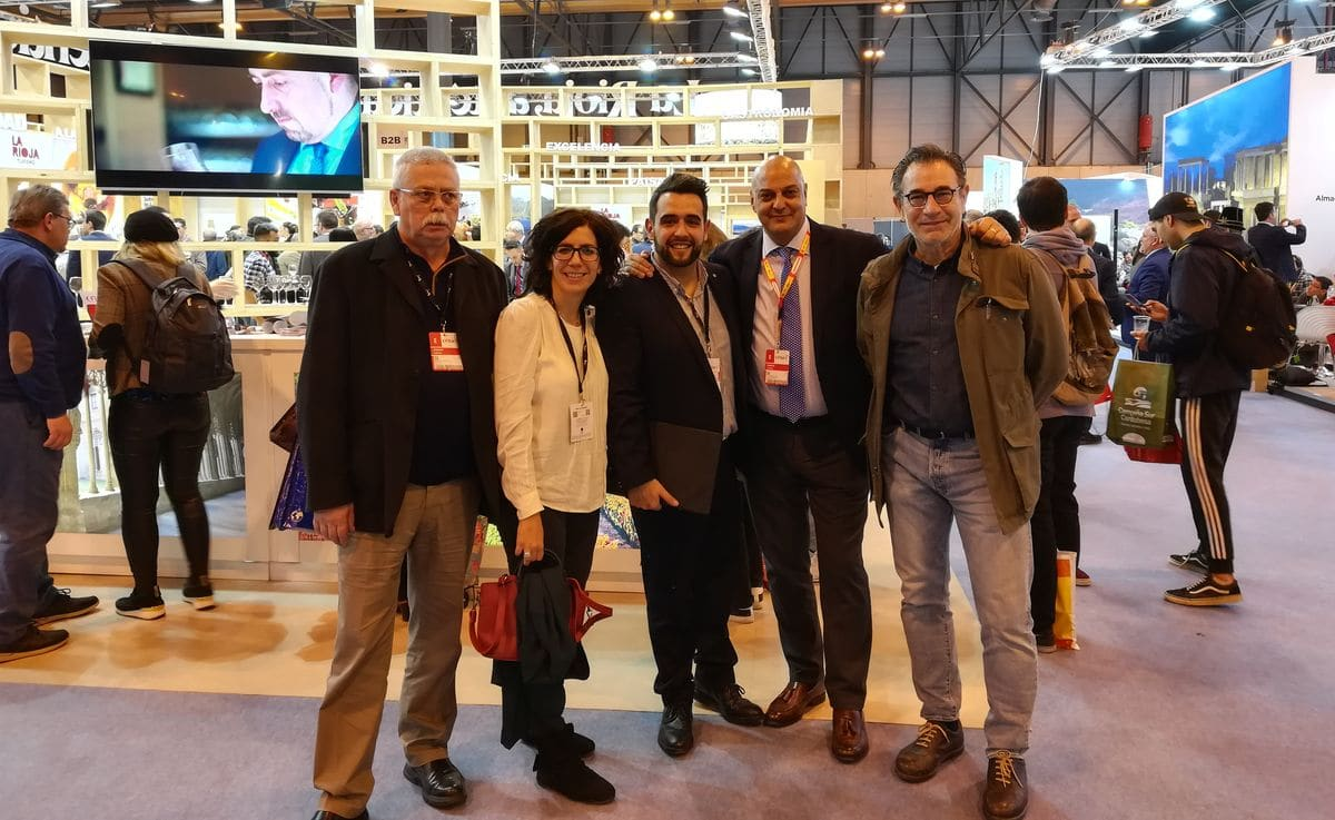 El Ayuntamiento de Haro muestra su apoyo a las empresas jarreras que participan en Fitur 1