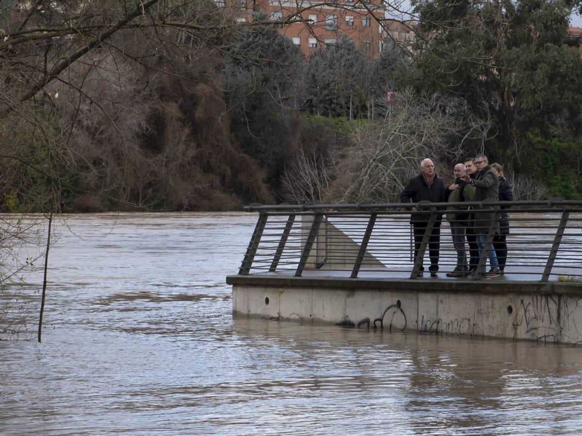"""La CHE informa de """"una crecida extraordinaria"""" del Ebro en el tramo desde Haro hasta Alfaro 4"""