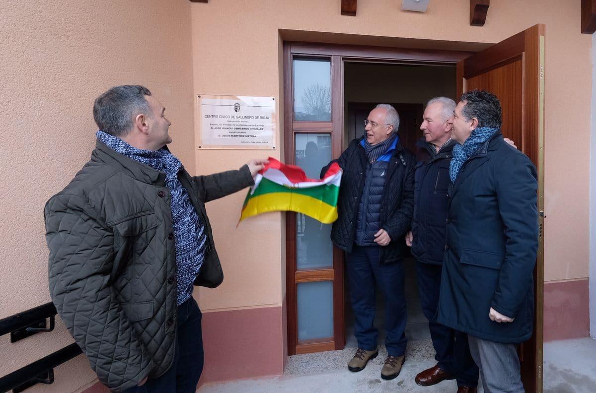Ceniceros inaugura el nuevo centro cívico de Gallinero de Rioja 1